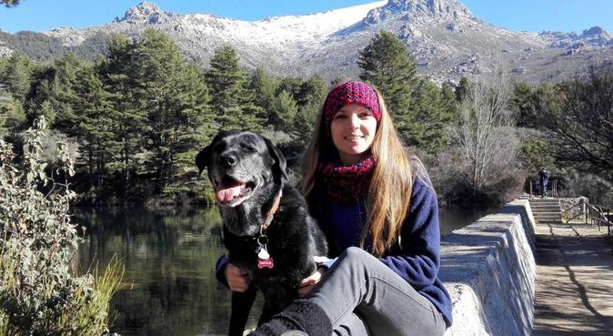Entrenadora de animales en la Sierra, canguro en Cercedilla