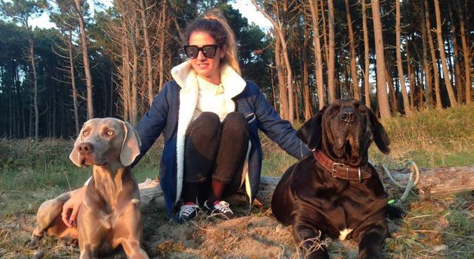 Una buena amigui para tu perrito o perrita, canguro en Castelldefels, España