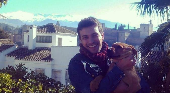 Un hogar para todxs, canguro en Granada, España