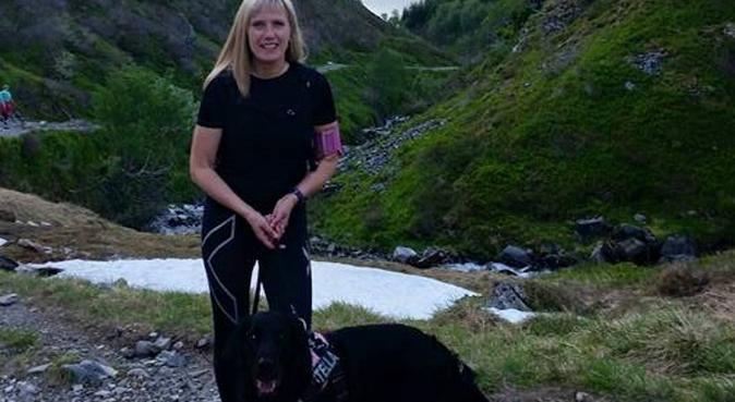 Lange gå- og løpeturer i fjellet med hund!, hundepassere i Bones, Norge