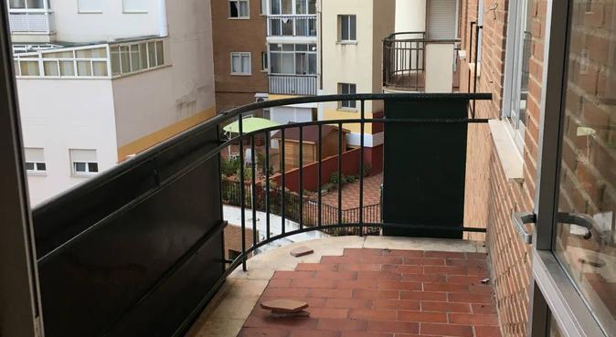 En buenas manos,veni a conocernos, canguro en Badajoz, España