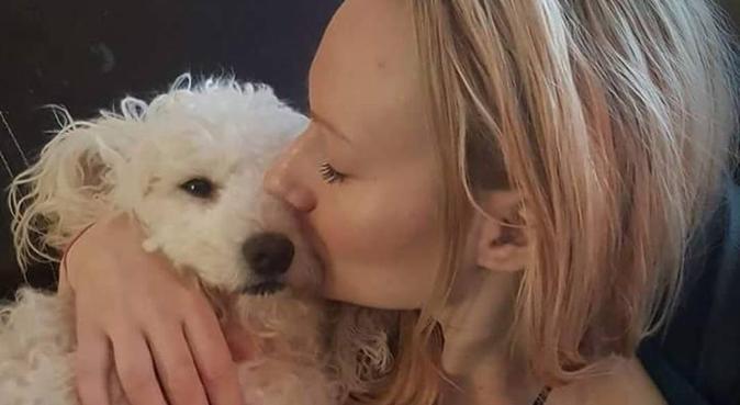 Erbjuder promenader, kärlek och sällskap, hundvakt nära Linköping