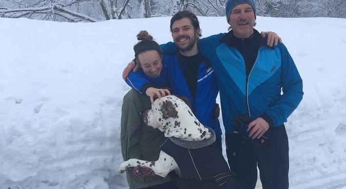 Dyreelsker med hjemmekontor, hundepassere i Fornebu