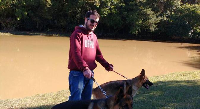 Passeggiate sempre divertente e sicure con i cani, dog sitter a Verona