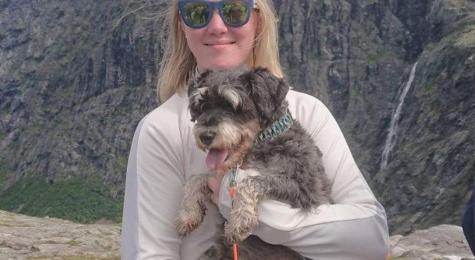 Turkomis, hundepassere i Bergen