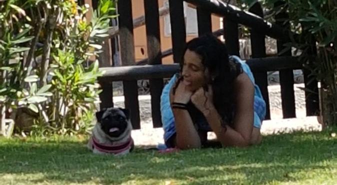 Coccole e passeggiate con Alessia e Camilla, dog sitter a Milano