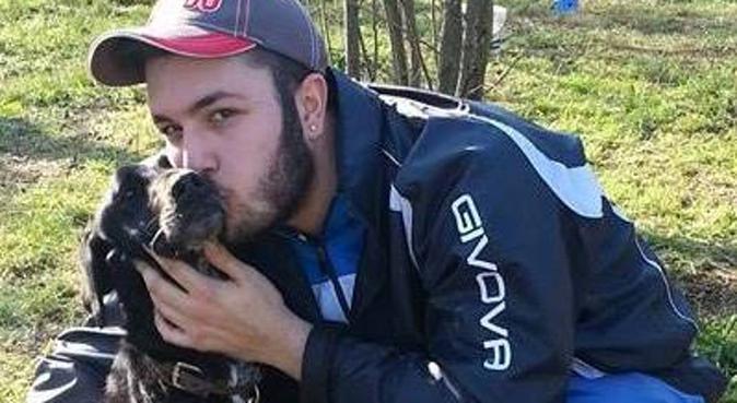 COLORA LA VITA DEL TUO CANE COME LUI COLORA LA TUA, dog sitter a Cercola