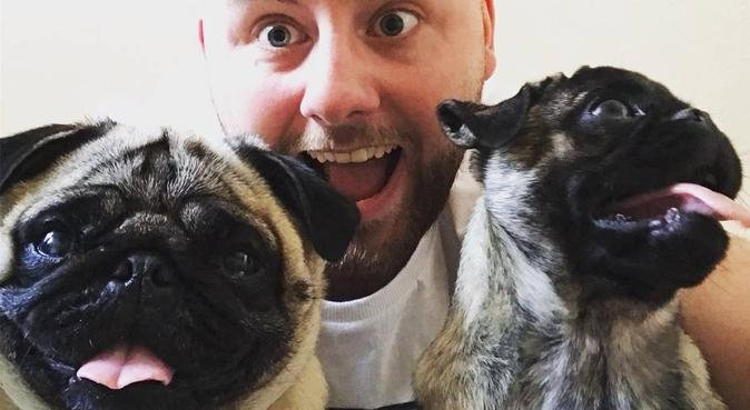 Puggy Play Pals, dog sitter in Manchester