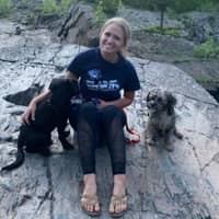 dog walker Samanthah