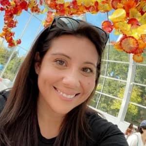 Viviana D.