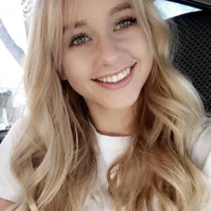 Lexie R.