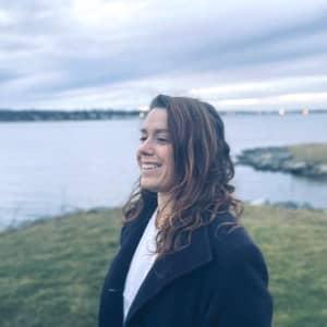 Amanda V.