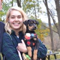 dog walker Roselyn
