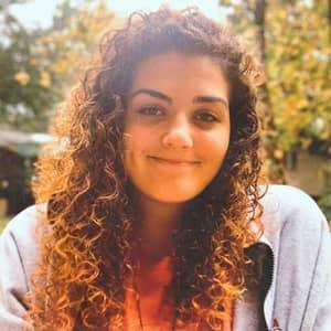Izabella C.