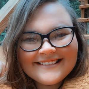 Kaitlyn B.