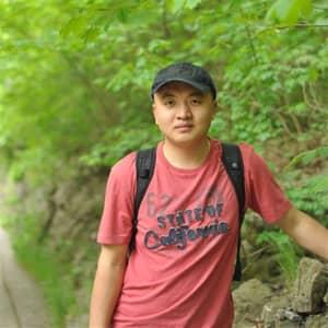 Dapeng Y.