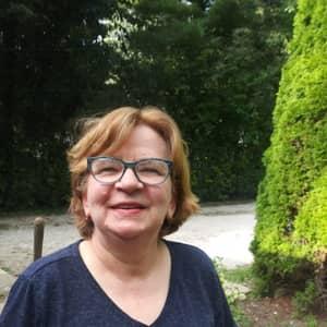 Cecilia B.