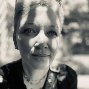 Daphne V.