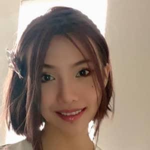 Yuxin F.