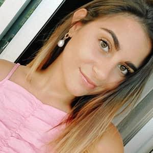 Andrea V.