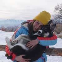 dog walker Ana Carolina