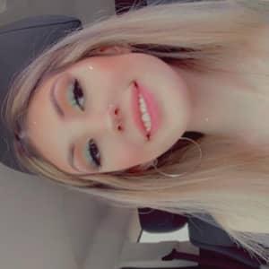 Yessenia T.