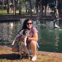 dog walker Verônica