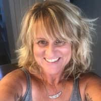 Julie W.'s profile image
