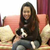dog walker Heeyoung