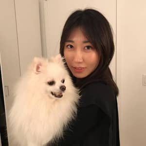 Yujin L.