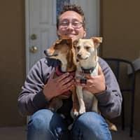 pet sitter Isiah