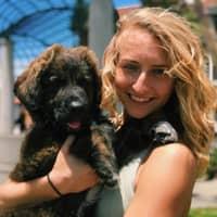 dog walker Amara