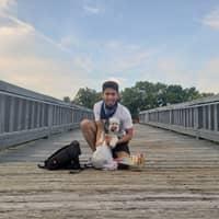 dog walker Phyo