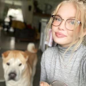 Alyssa B.