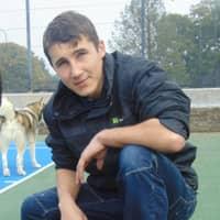 dog walker Louis