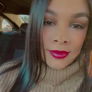 Joselyn R.