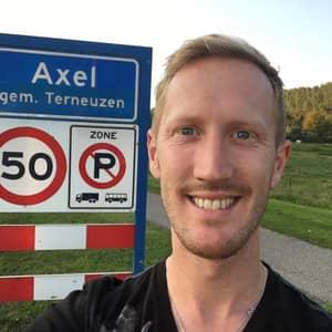 Axel E.