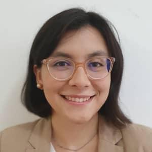 María L.