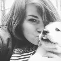 dog walker Ashlee