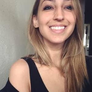 Roxana W.
