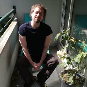 Mikael D.
